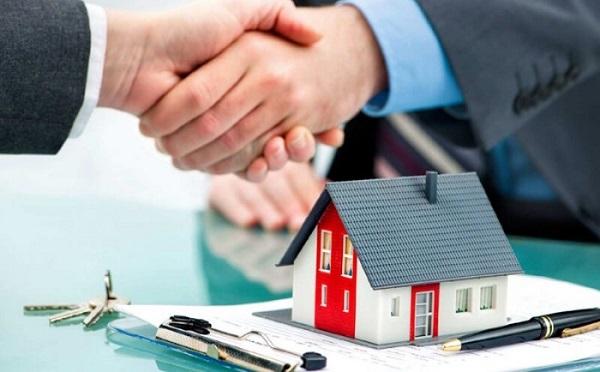 Có nên vay ngân hàng mua đất hay chờ đủ tiền?